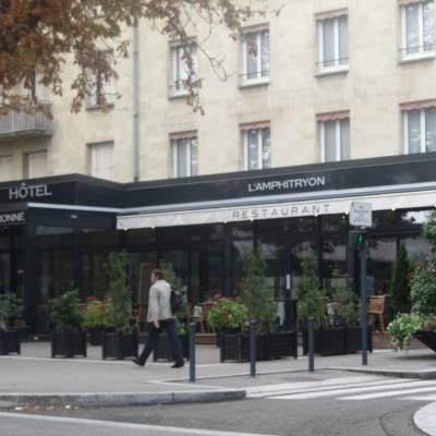 Extension et réhabilitation de l'Amphitryon à Chartres 9