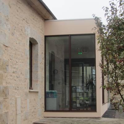Reconversion du presbytère en médiathèque à Dammarie 17